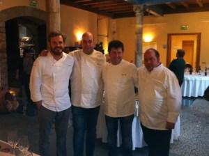 Iván, Alex, Pepe y David en la Casa de Cultura de Cangas